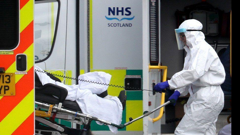 苏格兰的NHS员工将加薪4%